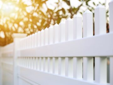 white vinyl fence installation Quincy ma